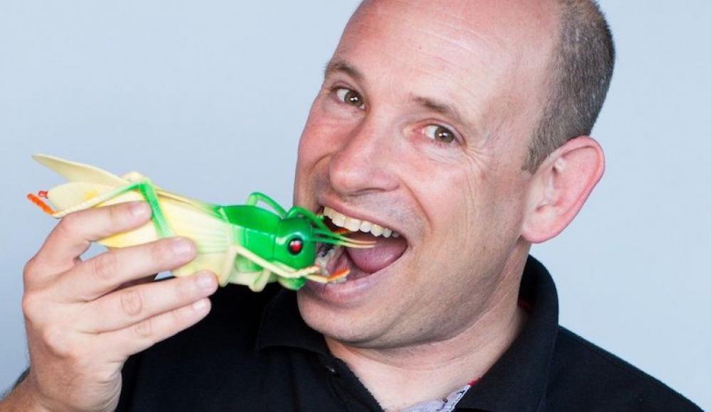 Израильская компания Hargol FoodTech запустила производство конфет из саранчи