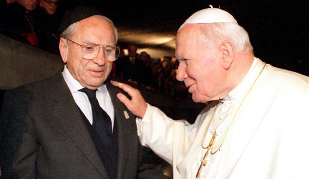 Папа Лолек и еврей Юрек
