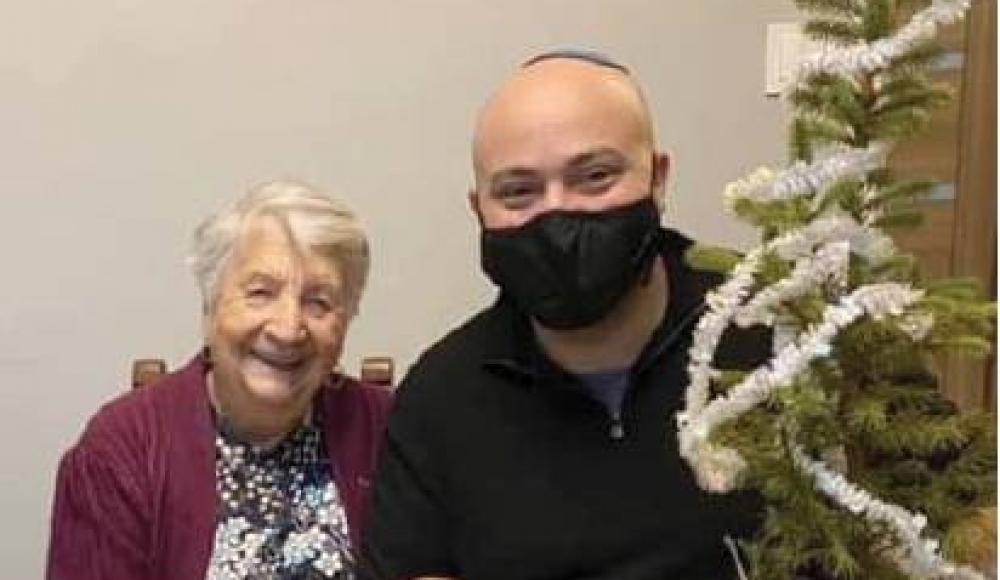 Она спасала евреев в Холокост, теперь евреи помогают ей пережить пандемию