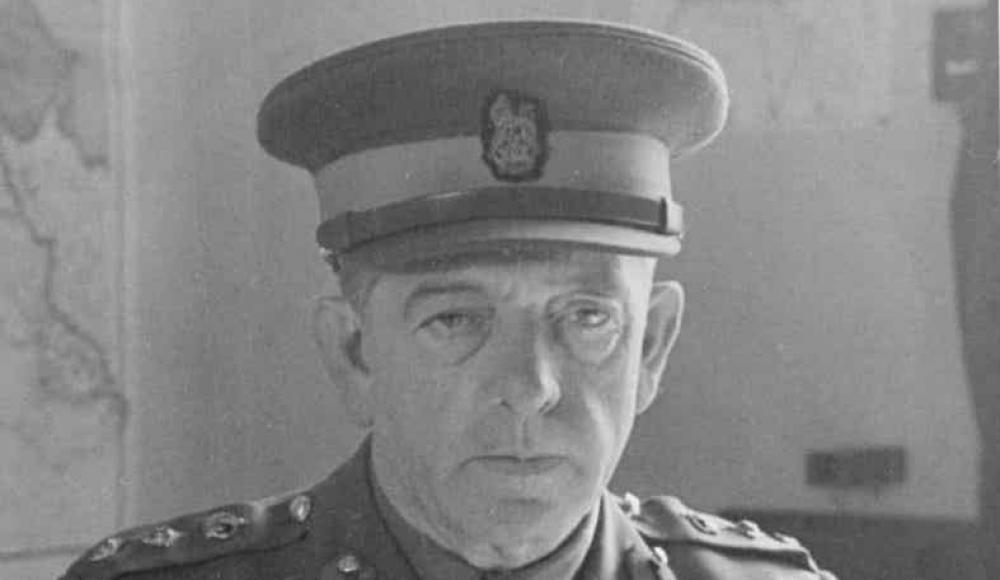 Как полковник британской разведки спас 10 тысяч евреев, но Праведником Мира не стал