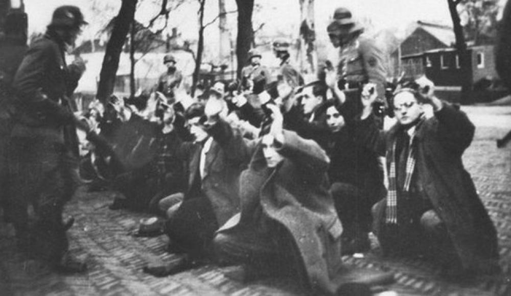 Нацисты испытали газовую камеру на голландских евреях еще в 1941 году