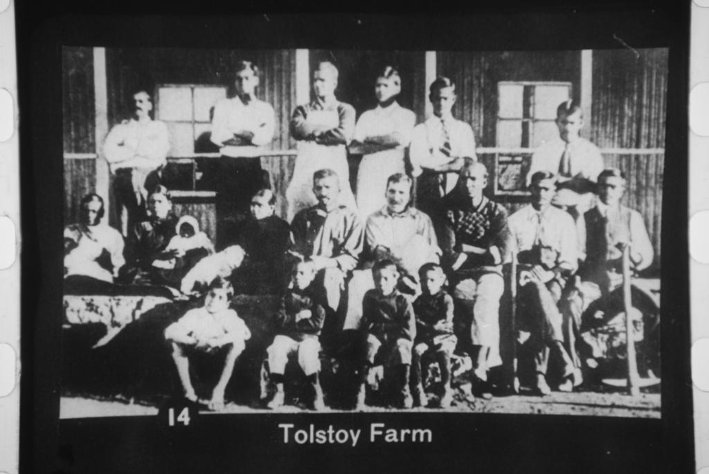 Tolstoy-Farm-in-South-Africa-1910-Gandhi-and-Kallenbach-center-row-center-Public-doman-2.jpg