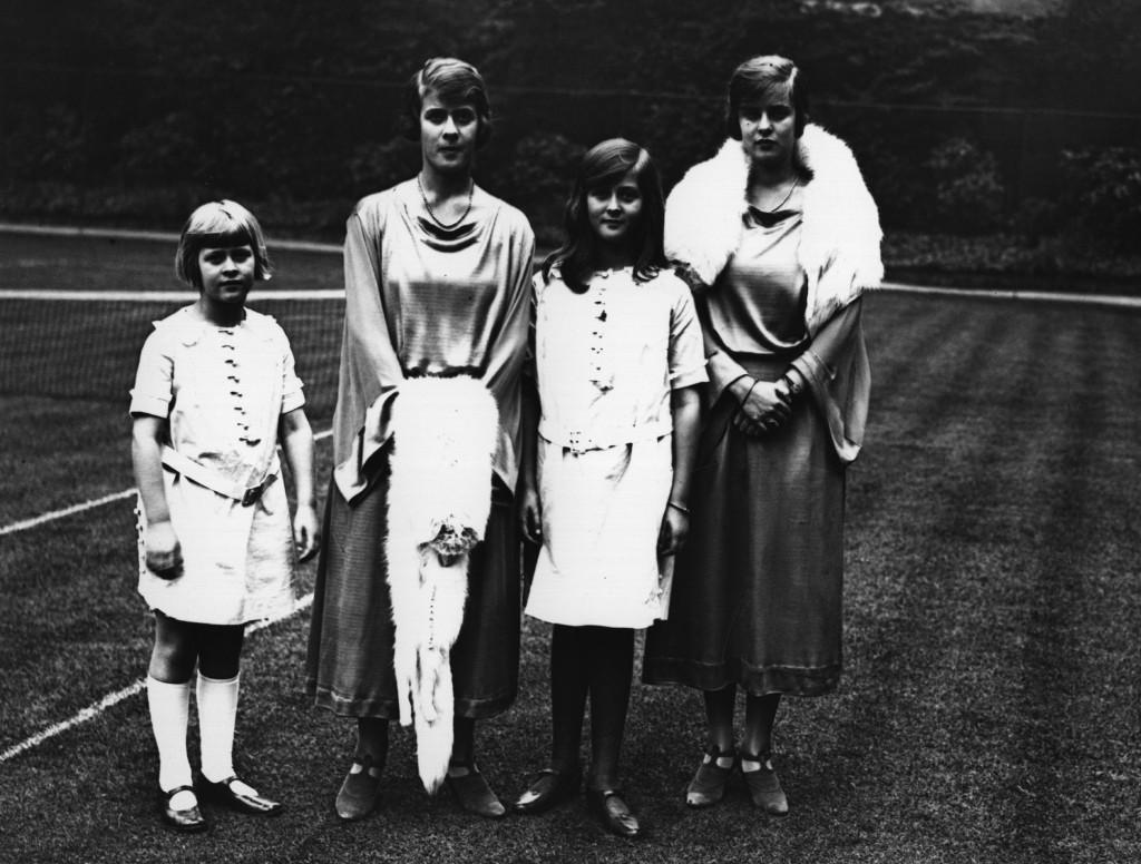 prince-philp-sisters-.jpg