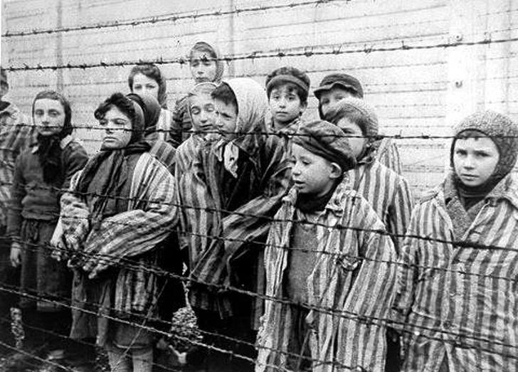 В день освобождения 27 января 1945 г.jpg