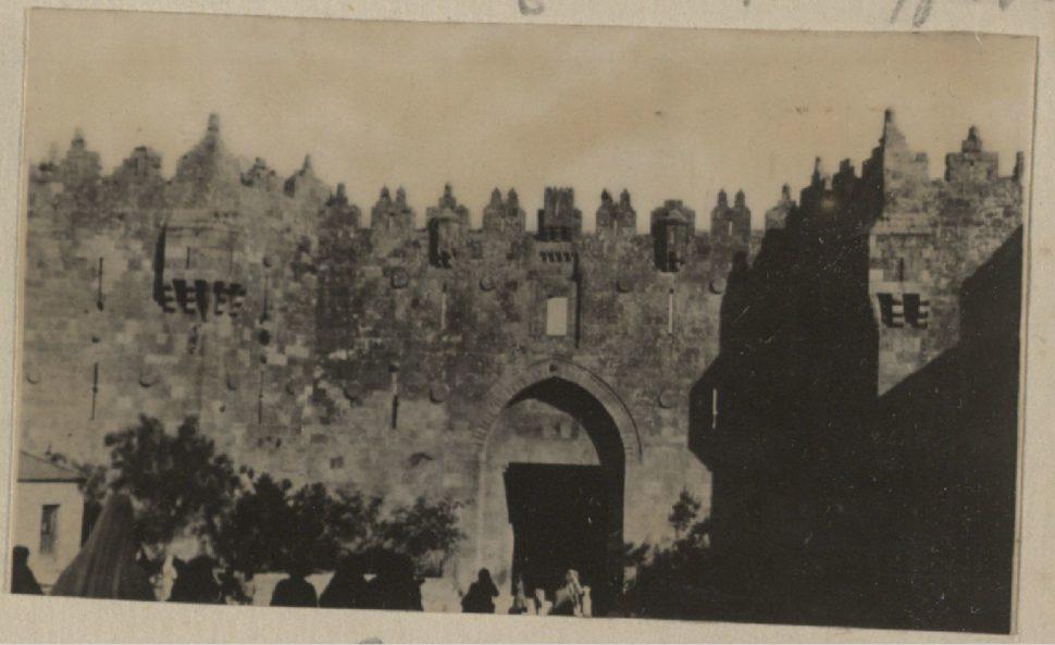 Дамасские ворота.jpg