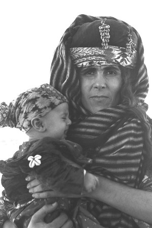 Jews of Kurdistan_htm_51d9de19de7fcd88.jpg