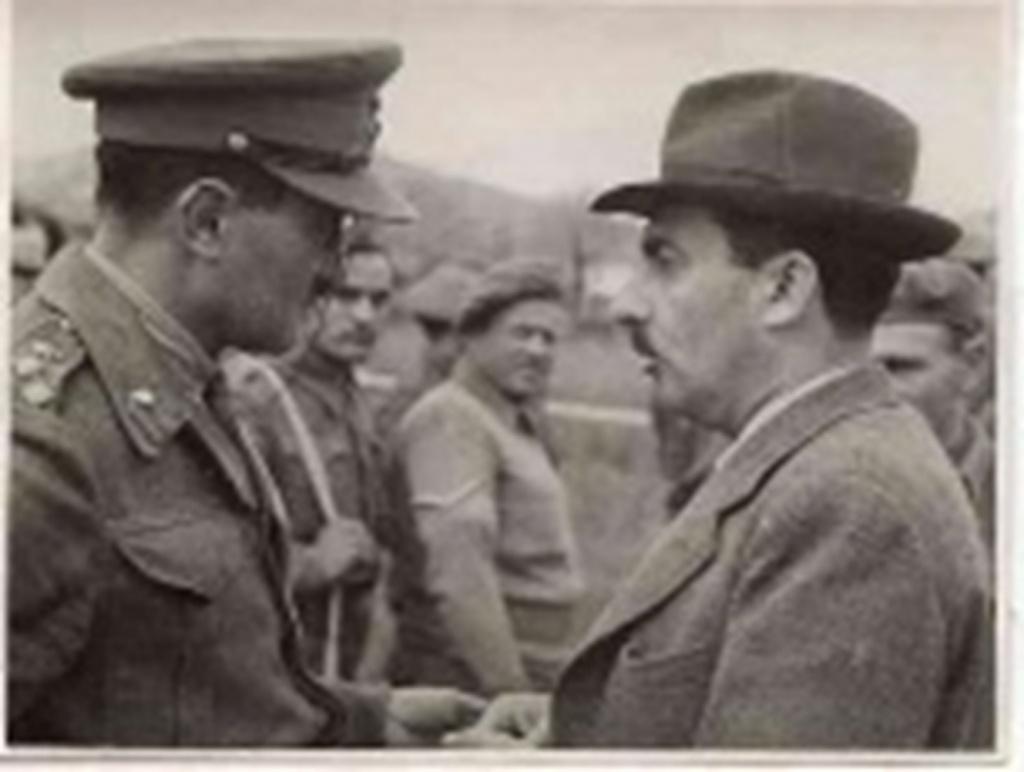 ביקור_אצל_חיילי_הבריגדה_Visiting_Jewish_Brigade_troops,_Italy-_Brigadier_Benjami-149.jpeg