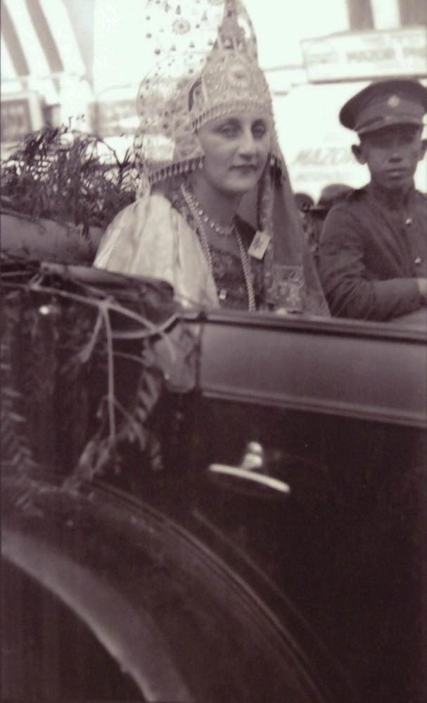Хана Полани (Meyuhas מיוחס) - Эстер, еврейская королева, карнавал 1929г..jpg