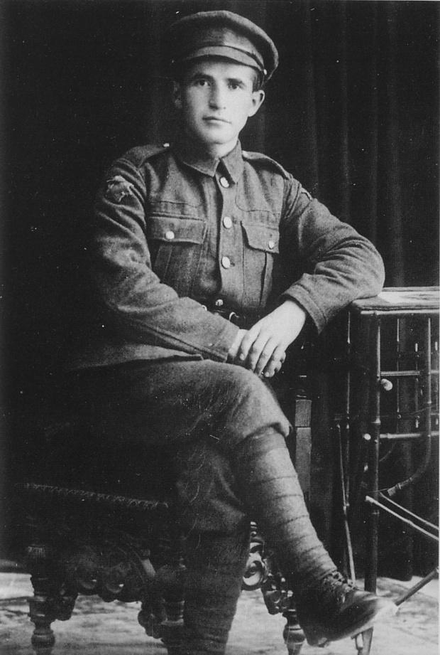 1918_Private_BenGurion_volunteer_in_Jewish_Legion.jpg