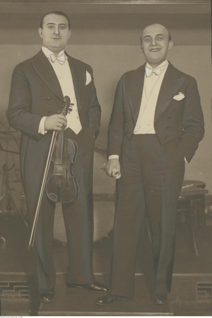 Артур Гольд и Ежи (справа). 1933, Варшава..jpg