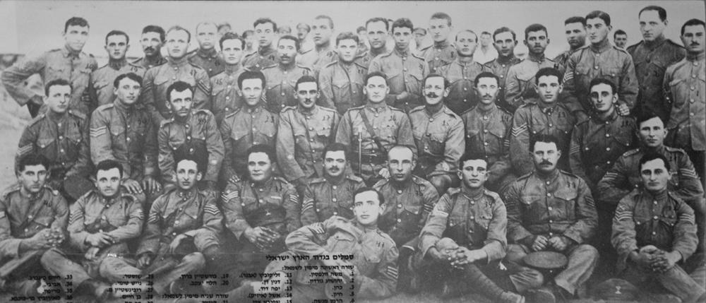 сержанты 38 батальона.jpg